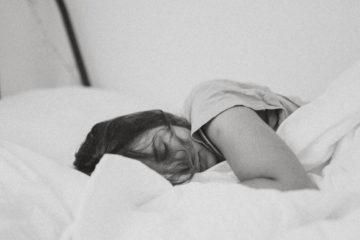 CBD Drops Wirkung auf Schlafstörungen